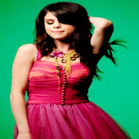 Selena-gomez-naturally-5
